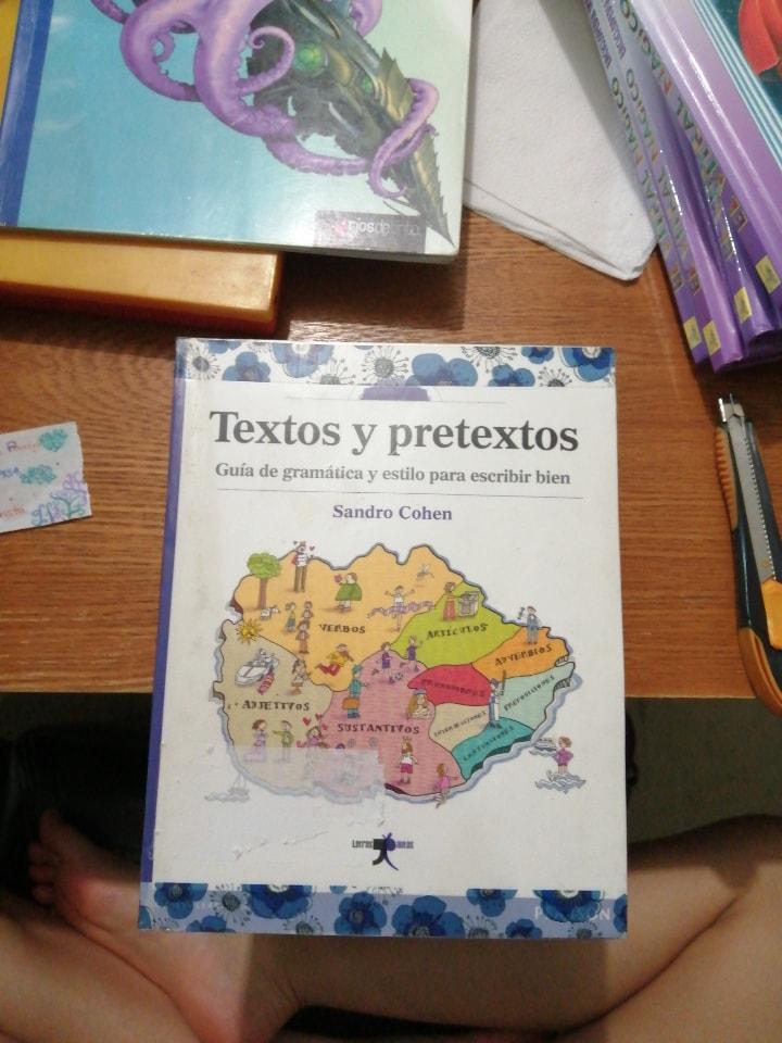 Libro Textos y Pretextos