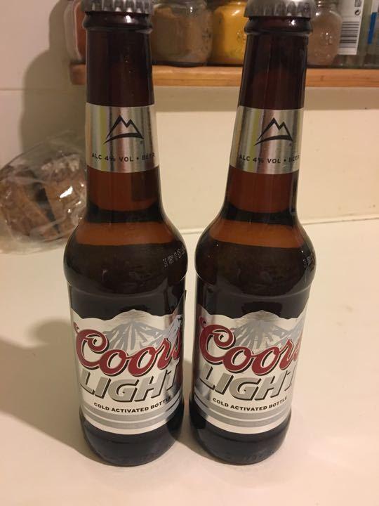 2 bottles of Coorls beer