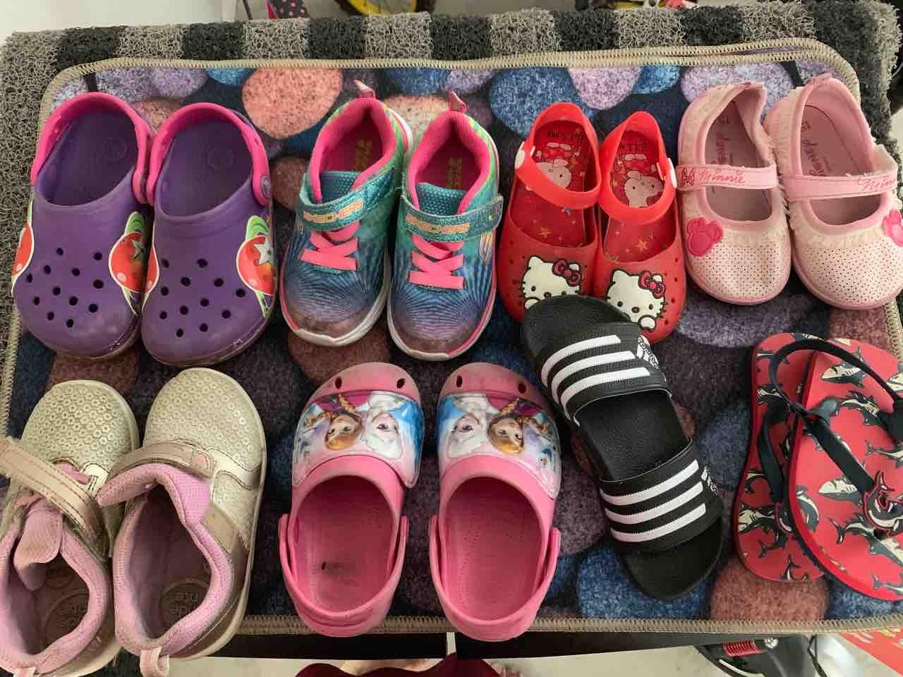 1-2yr old girls footwear(used)