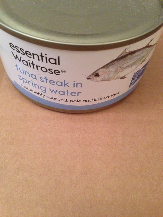Tuna steak tinned