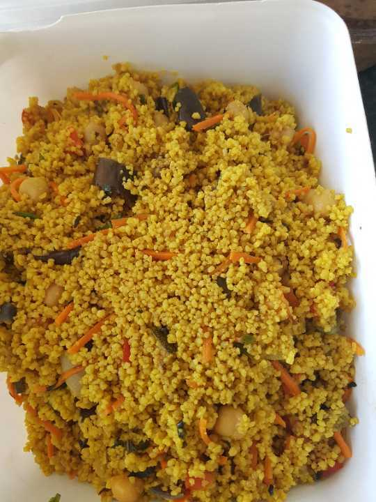 Curry couscous from Moo with raisins