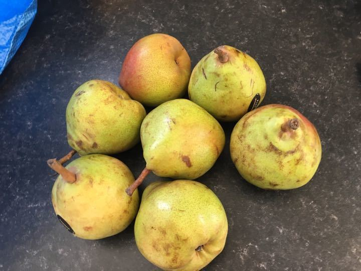 Bag of pears