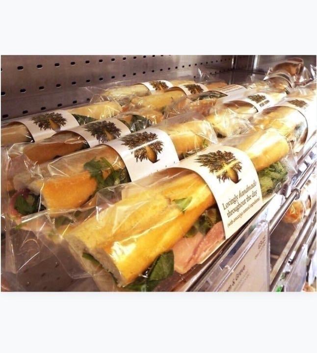 Pret veggie/fish Wrap and Baguette