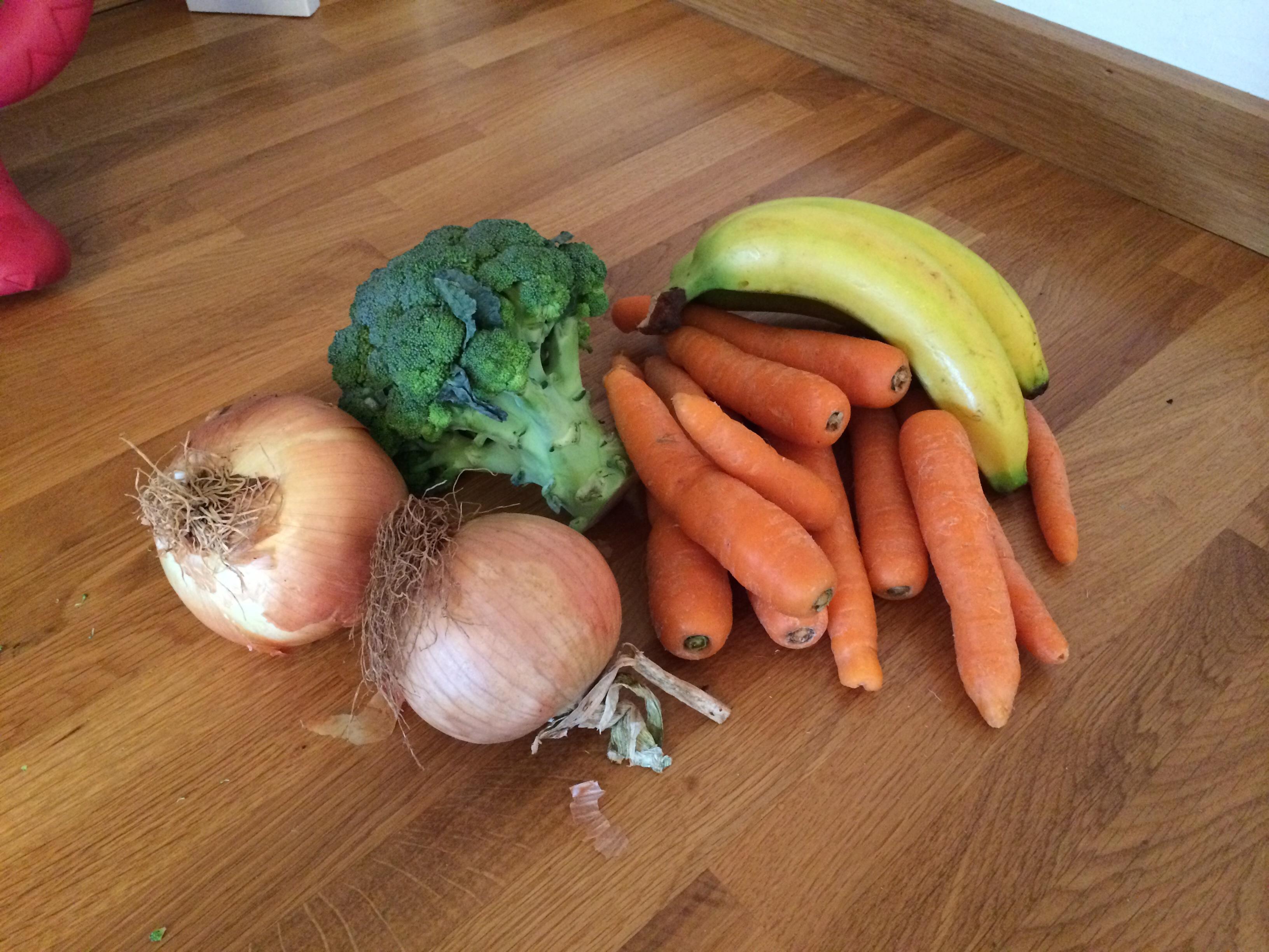 Mixed veg and bananas