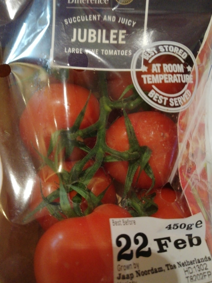 Taste the difference Vine Tomatoes
