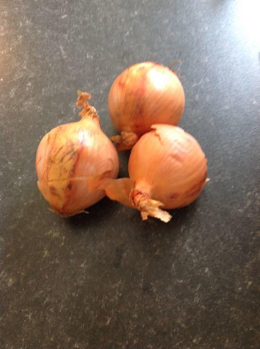 3 onions