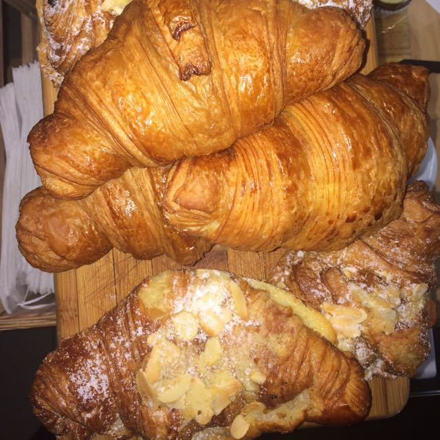 Croissants for free