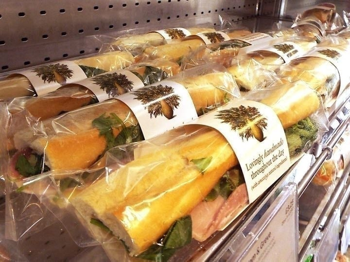 Pret flatbread - grilled artichoke olive tapenade flat bread