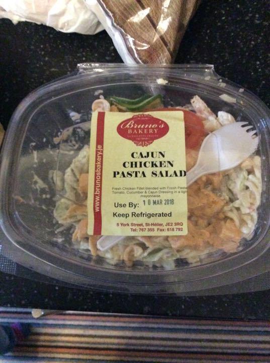Cajun chicken pasta salad