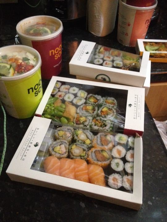 Dumpsterdiving treasures: sushi and soups