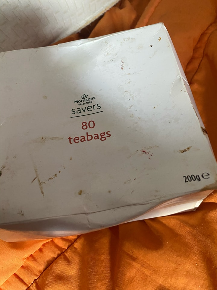 Teabags new sealed box ( although box has marks )