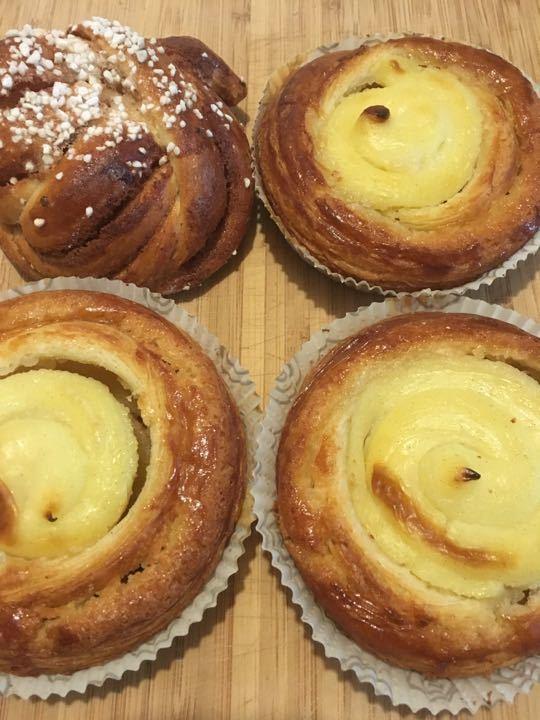 4 buns