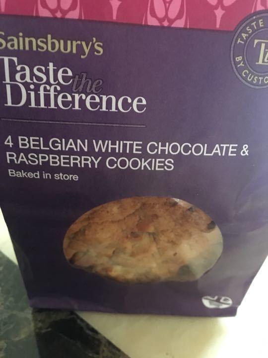 Belgian white chocolate and raspberry cookies