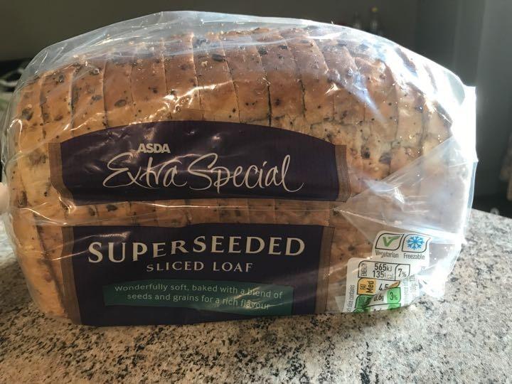 Super seeded sliced loaf