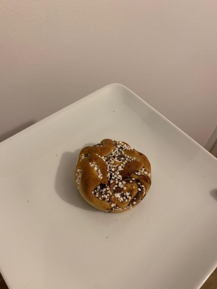 Cafe nero pastry