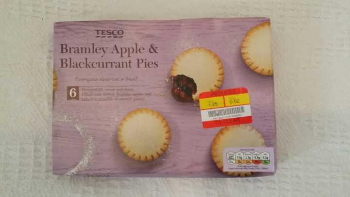 Tesco apple and blackberry pies