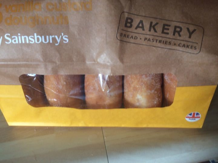 Vanilla custard doughnuts x3