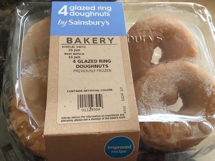 4 glazed ring doughnut