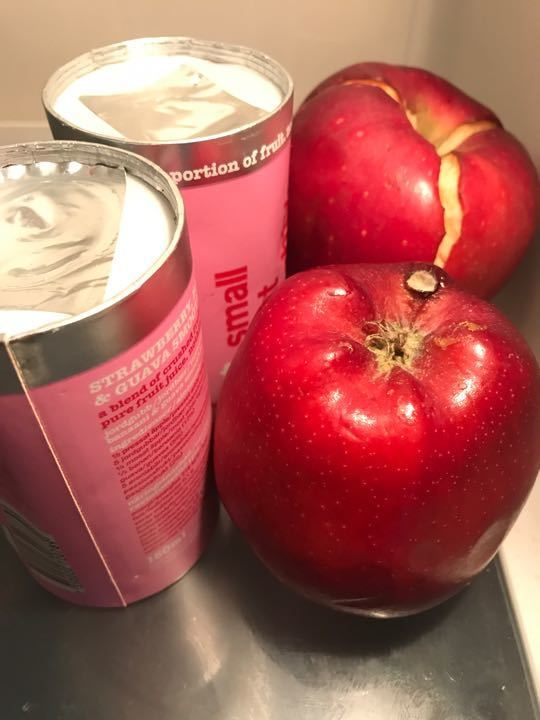 Smoothies and apples
