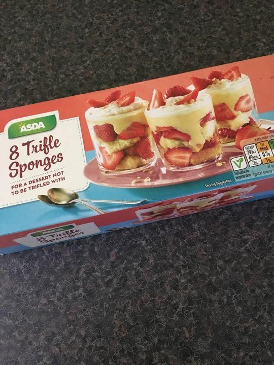 Trifle sponges