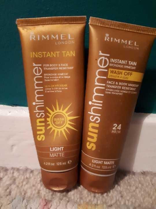 Light matte instant tan by Rimmel