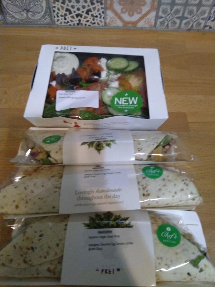 PRET veggie wraps and salad box