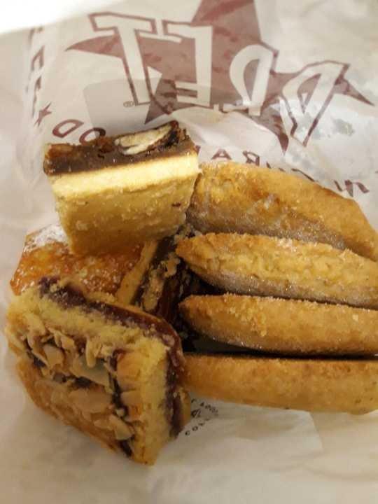 Free Pastries by Pret via OLIO.com