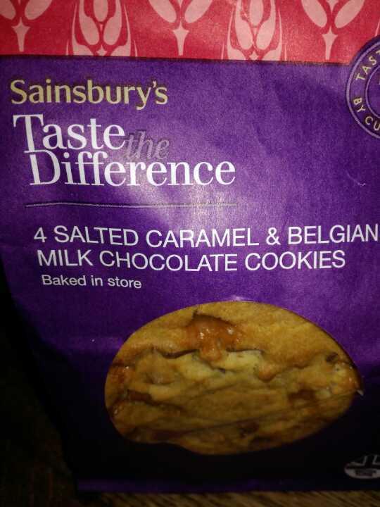 Salted caramel choc cookies
