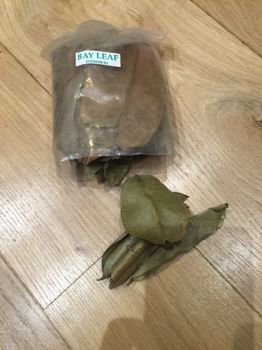 Grenadan bay leaves