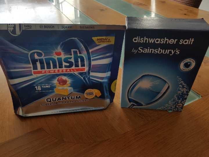 Dishwasher tabs and salt