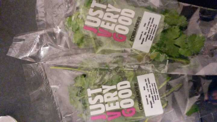 2 x 10g fresh coriander