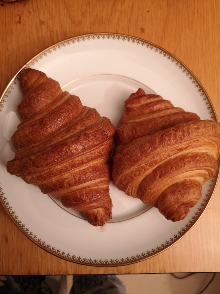 2x croissants from Non Solo bar