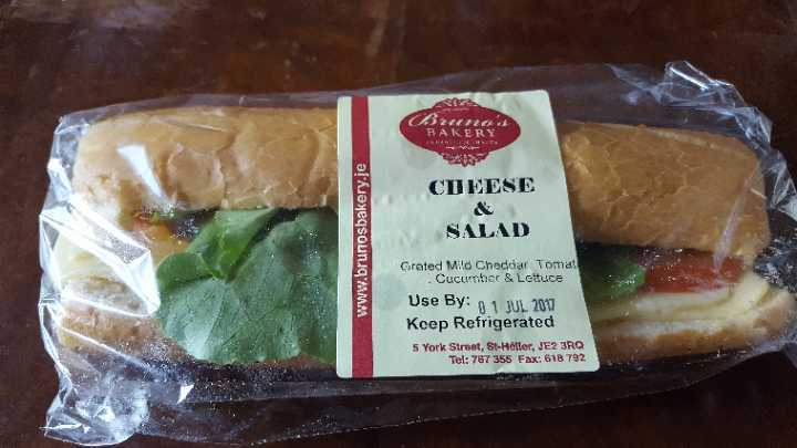 Cheese and salad roll
