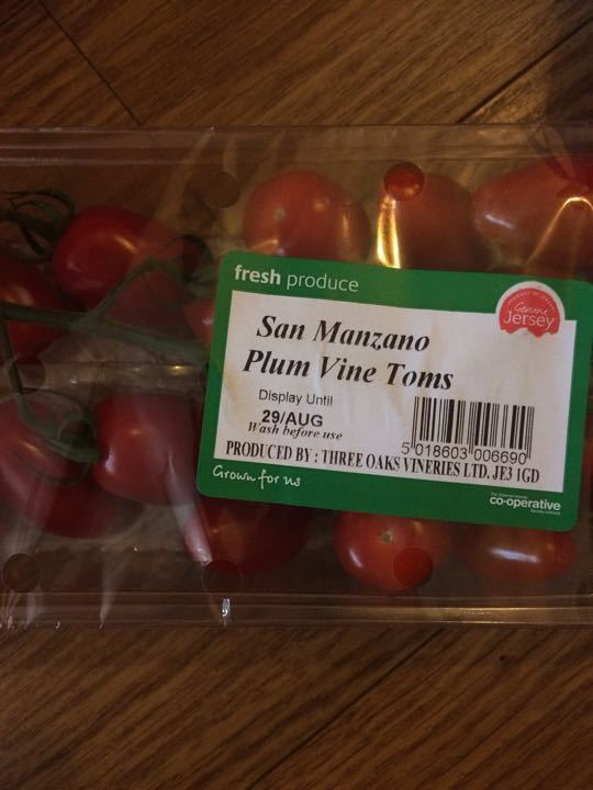 Plum vine tomatoes