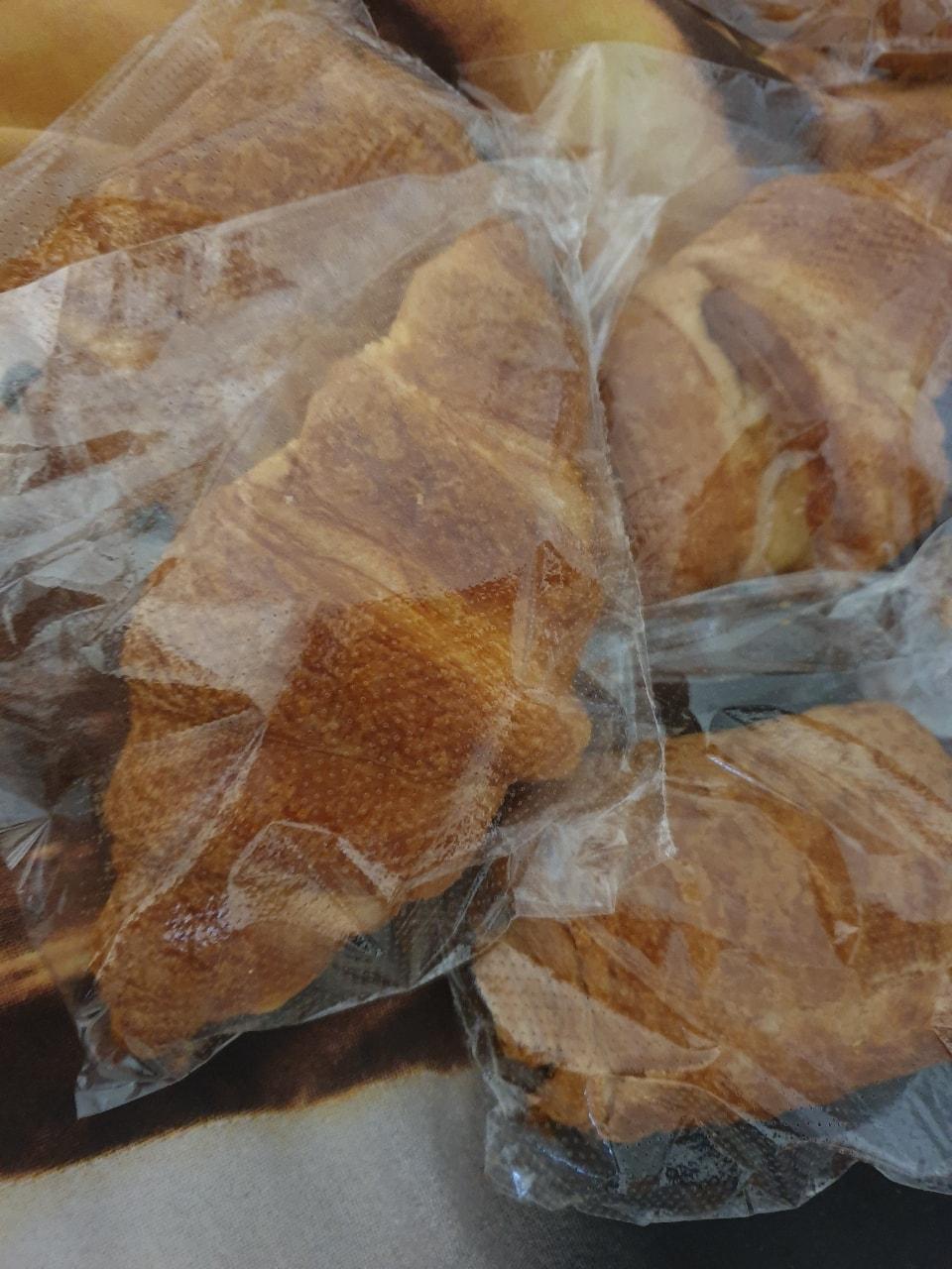 4 pastries