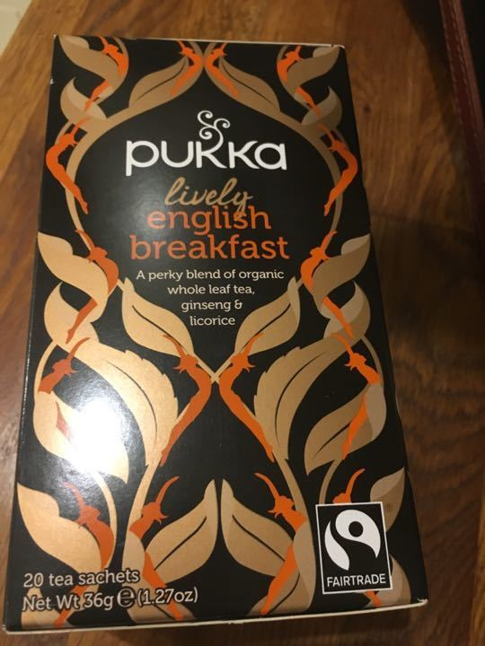 Pukka lively English breakfast tea with ginseng and licorice