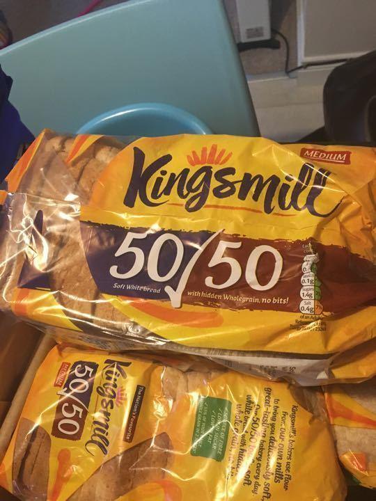 Kingsmill 50/50 medium sliced