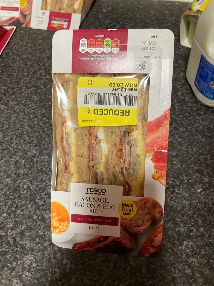 Breakfast sandwich (Tesco rescue)