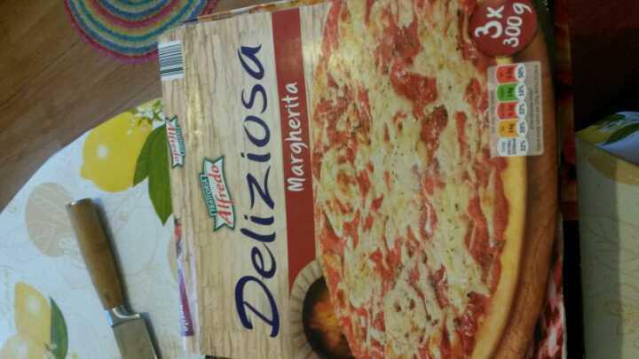 Lidl brand pizza Margueritta
