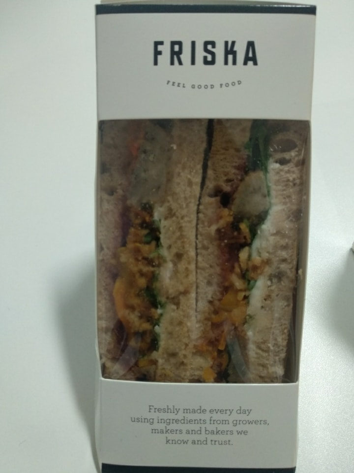 Friska - cheese ploughman veg sandwich