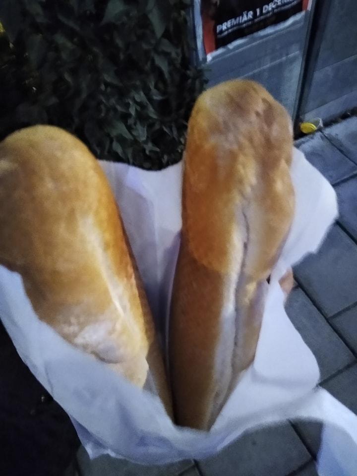 2 x long white bread