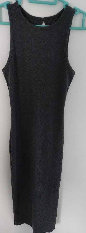 Black dress (suitable for S size)