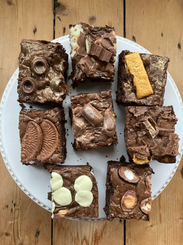 Brownies and treat boxes