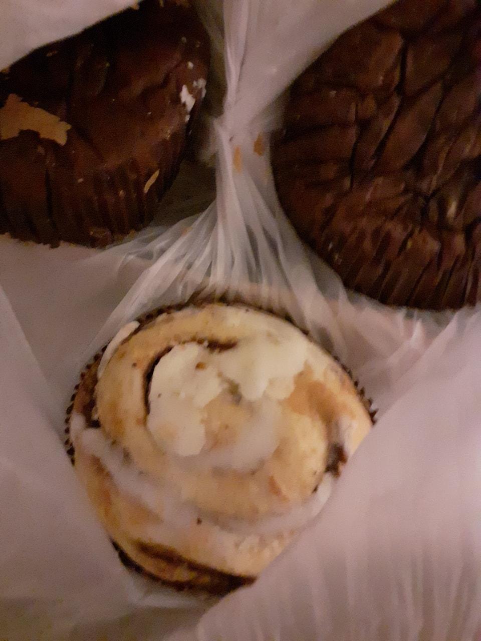 Iced bun