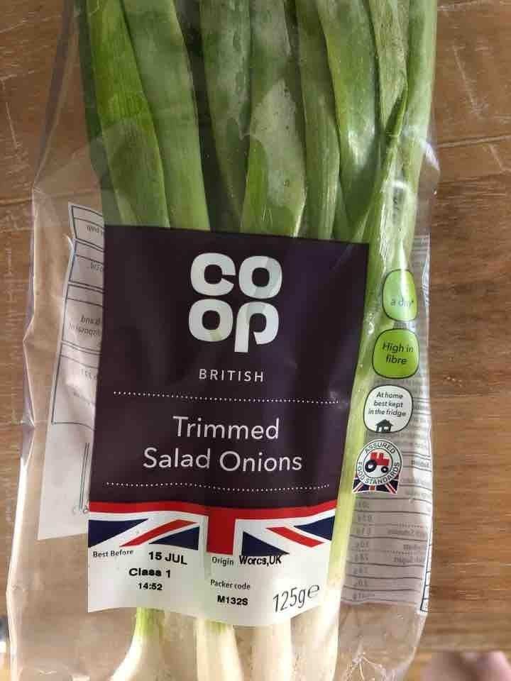Trimmed salad onions