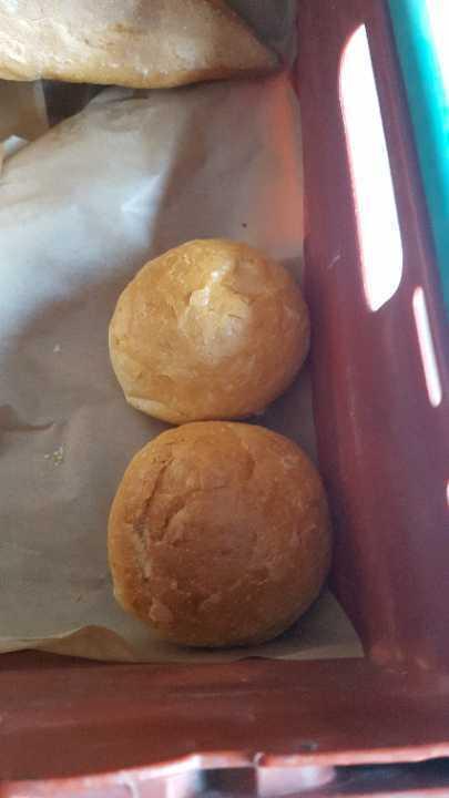 2 crusty rolls