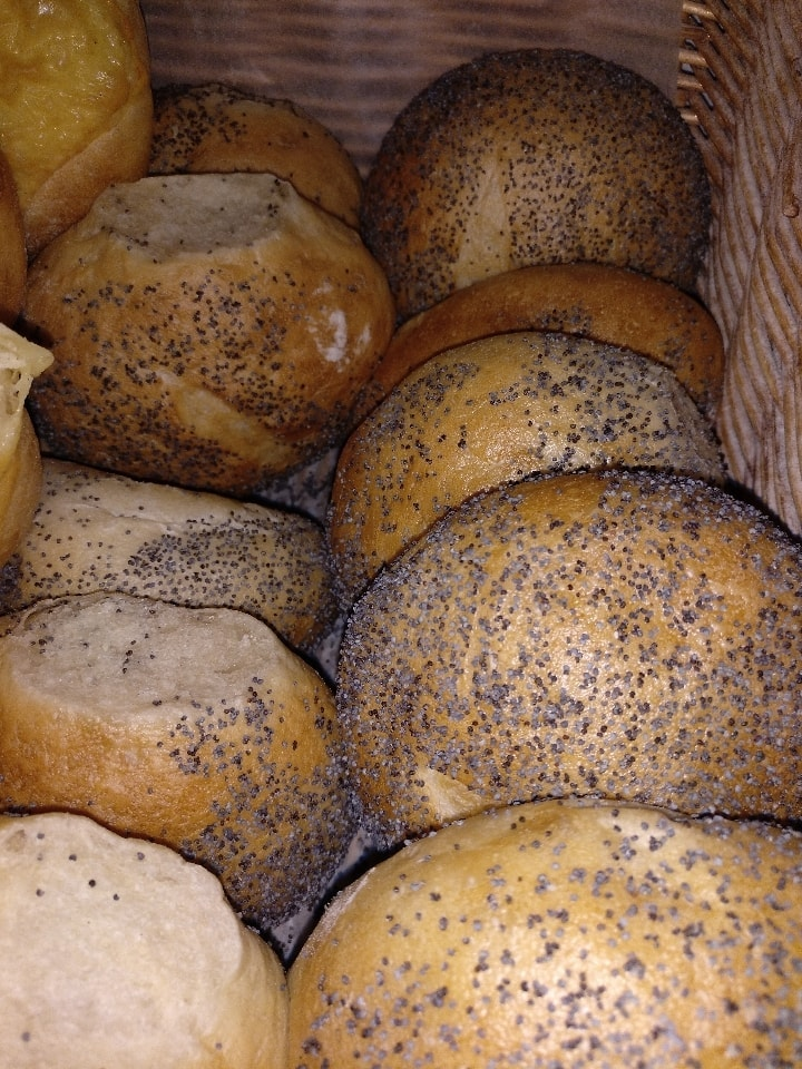 Fresh Poppy seeds buns x3 from Pesso Bageri 12/07