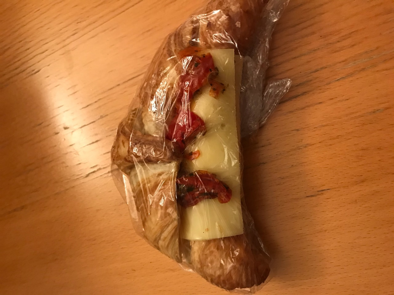 Croissant w/ cheese and dried tomato