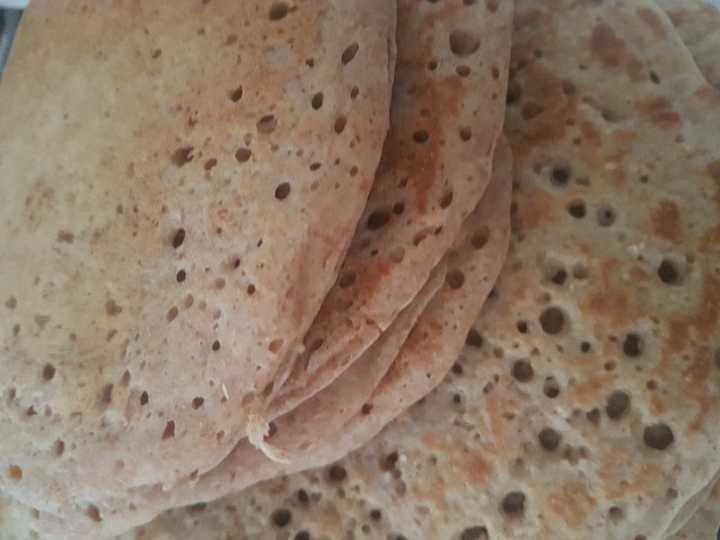 4 oatcakes and 5 wholemeal pyclets fresh today