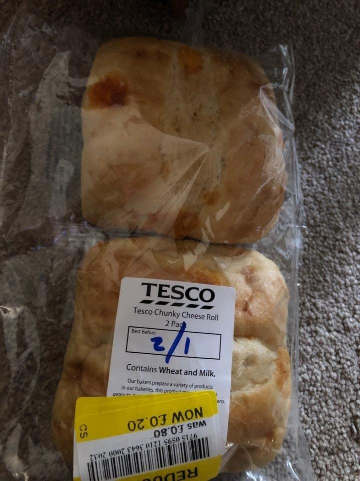 Chunky cheese rolls